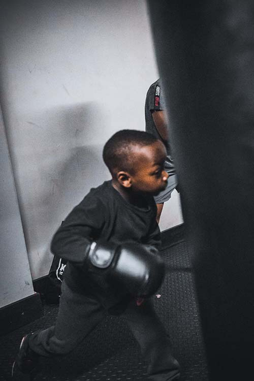 boxing_children03-500x750